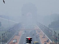 Air quality in Delhi 'improves' to 'very poor' after Diwali