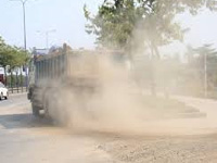 Road digging, dust pollution riles Fatimanagar residents