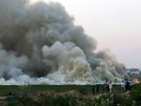 Miscreants set fire to garbage on Varthur lake