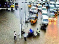 4 persons dead from downpour in Visakhapatnam