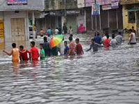 Heavy rains lash south Gujarat causing flash floods; 5 drown