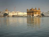 No plastic, only eco-friendly carry bags at Golden Temple