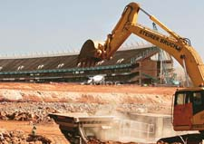 2010 World Cup revamp: squatters evicted from Jo`burg