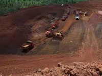 Mines Minister Narendra Singh Tomar reviews iron ore production in Odisha