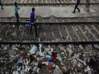 Green Tribunal unimpressed with Railways' efforts for cleanliness