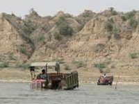 14 held for illegal sand mining in River Chapora
