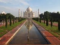 NGT asks Agra Divisional Commissioner to provide data on trees near Taj Mahal
